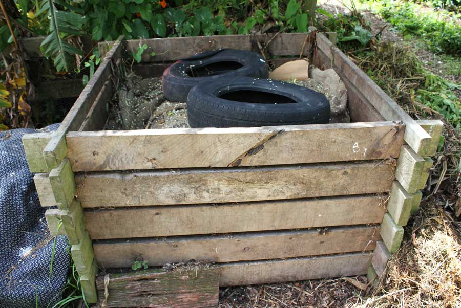Garden And Kitchen Compost Pod Easy Edible Gardening