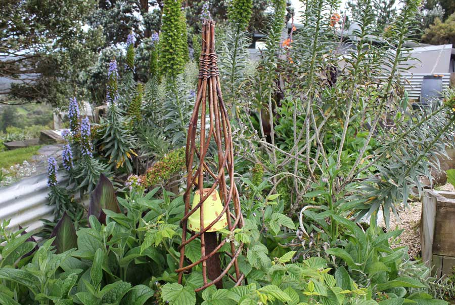 Raised Vegetable Garden Trellis